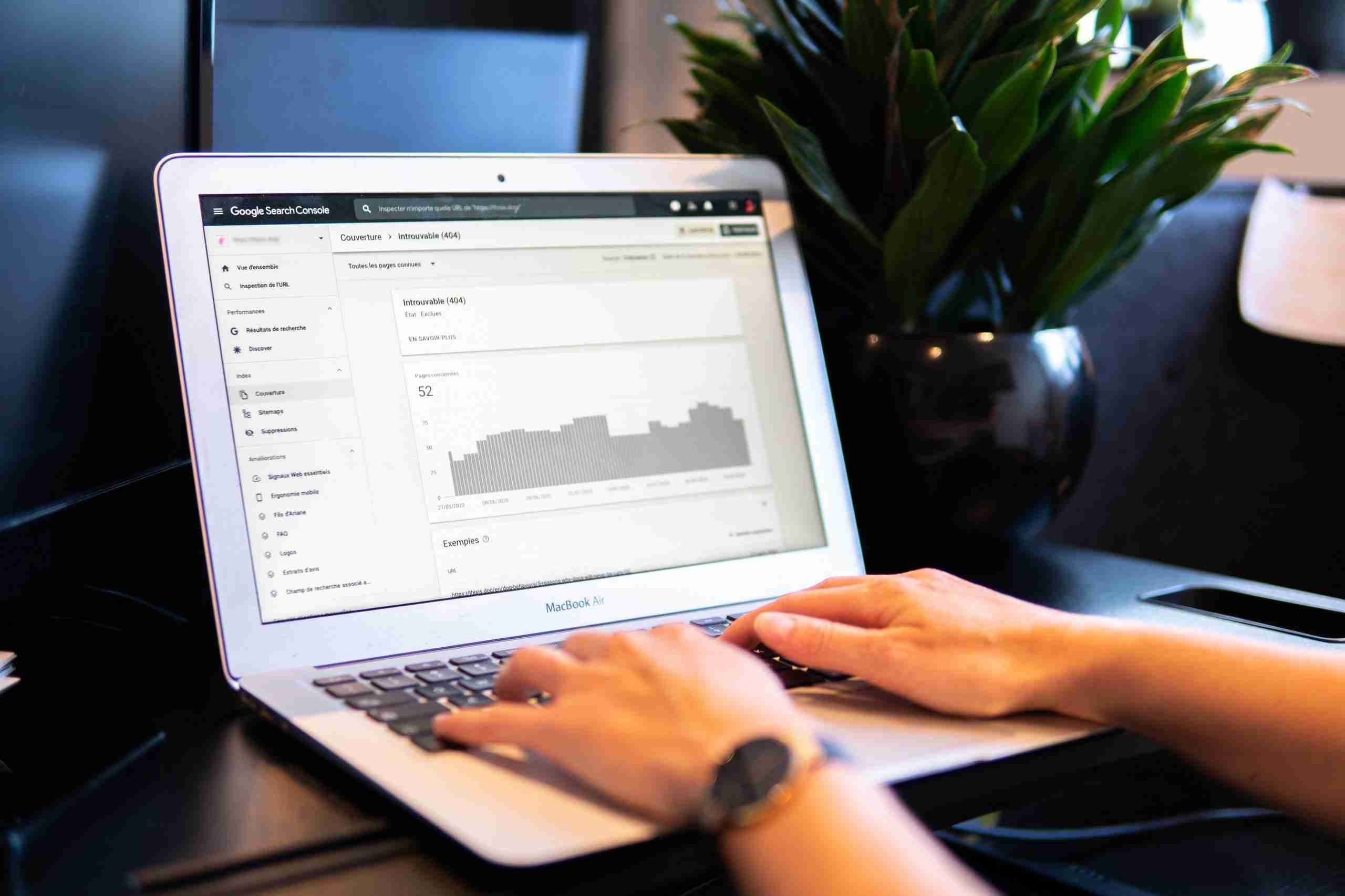 Analytics on a computer for SEO